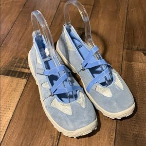 Play shoes for girls